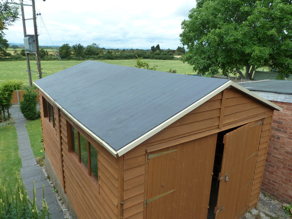 A r sneddon sons epdm to garden shed for Shed roofing
